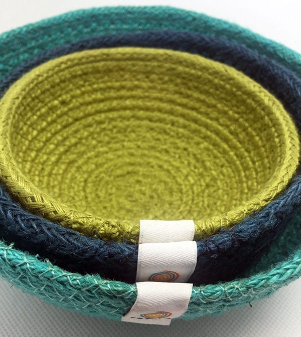 Small jute baskets